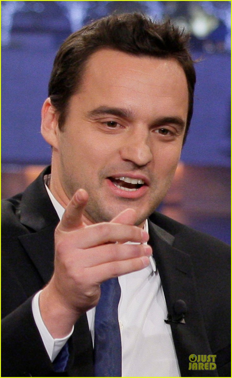 kristen bell jake johnson tonight show with jay leno guests 04