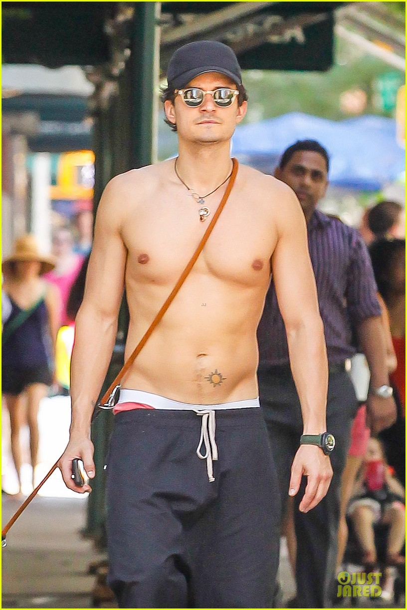 orlando bloom shirtless cool down with flynn sidi 132910460