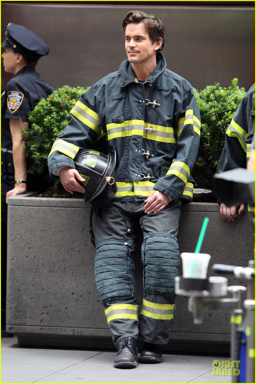 matt bomer fire fighter on white collar set 03