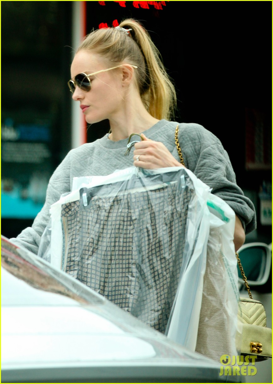 kate bosworth cant wait to see lake bell in a world 042908121