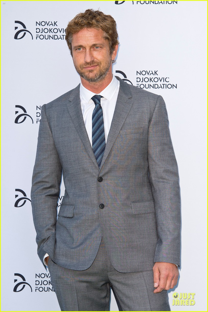 gerard butler novak djokovic foundation gala dinner 032906110