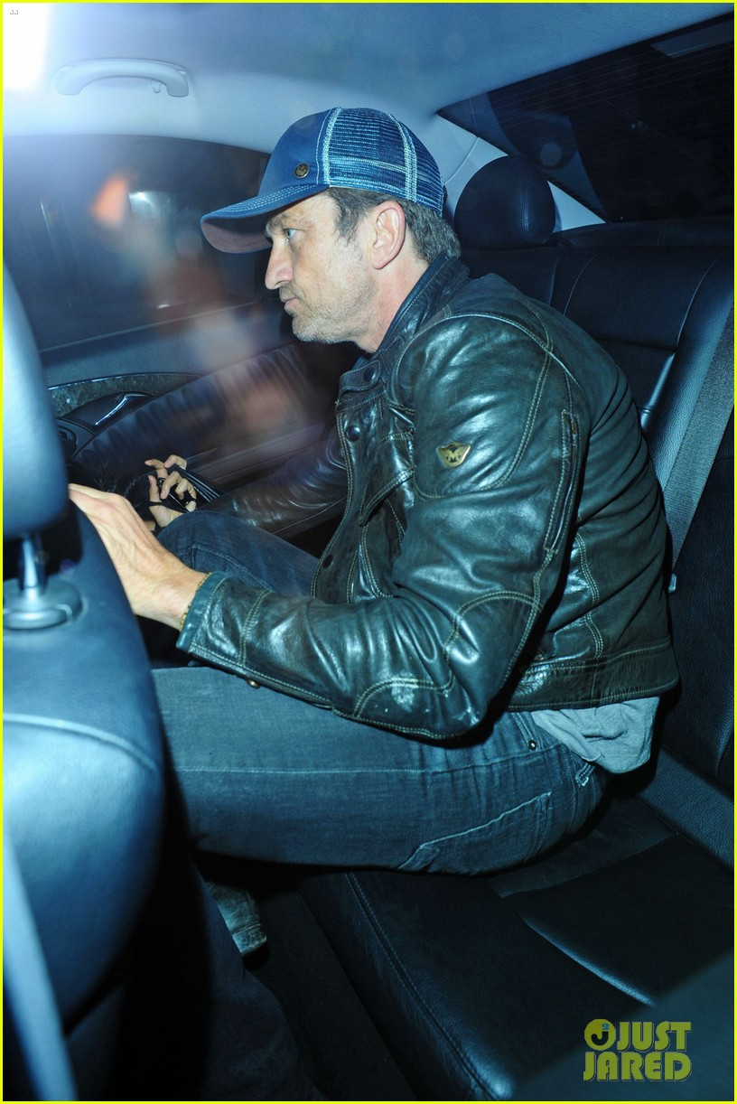 gerard butler leaves london nightclub with mystery gal 03