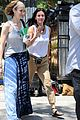 courteney cox seann william scott prep for day of filming 10