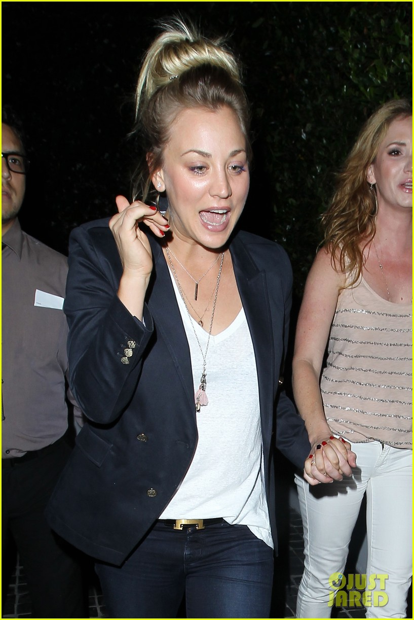 kaley cuoco leaves henry cavill at home for girls night 102907831