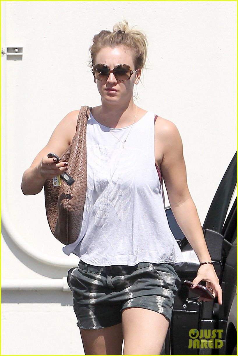 kaley cuoco steps out after henry cavill dating news 03