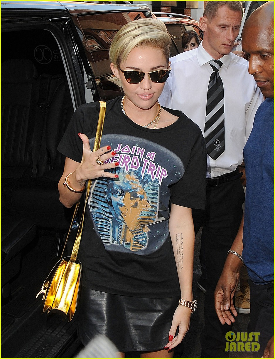 miley cyrus cutting my hair really changed my life 02