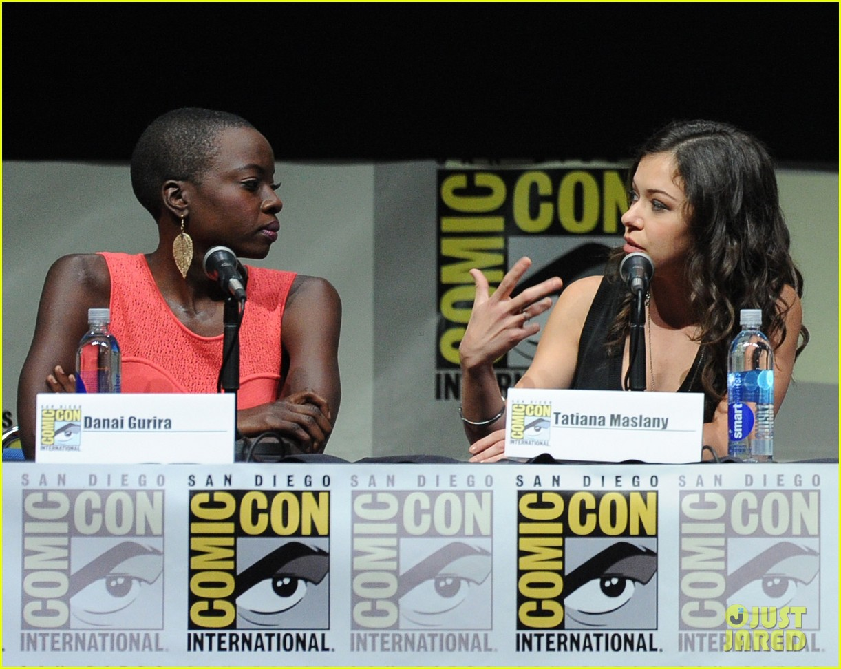 danai gurira tatiana maslany women who kick ass comic con panel 102913868