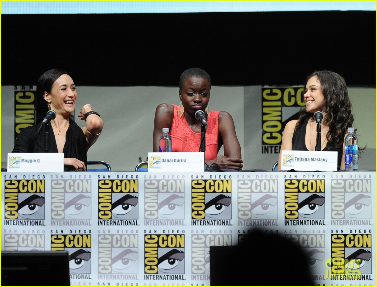 danai gurira tatiana maslany women who kick ass comic con panel 142913872