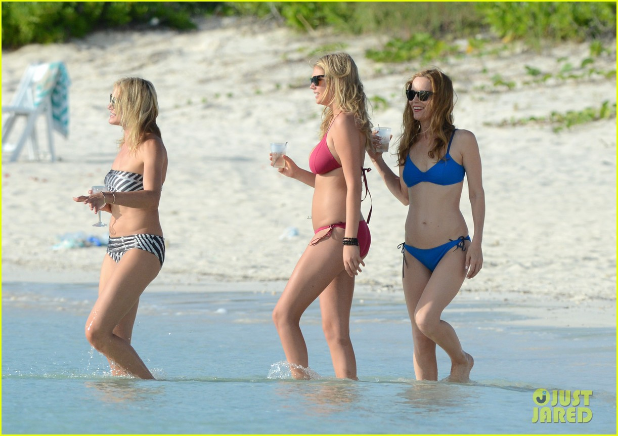 cameron diaz kate upton bikini babes in the bahamas 132914511