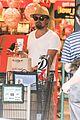leonardo dicaprio fourth of july grocery shopping 05