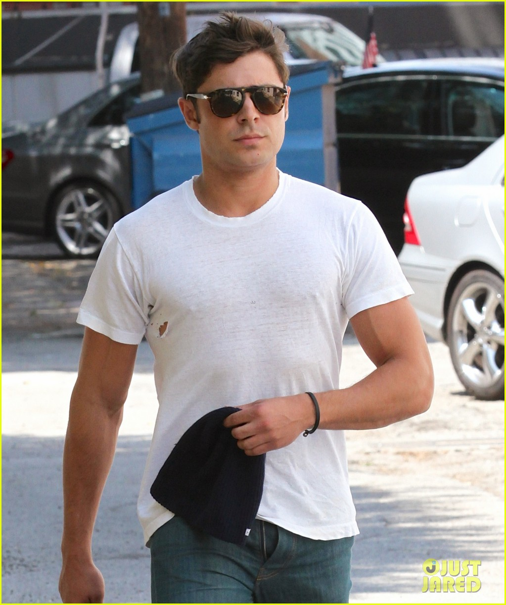 zac efron forgets to zip his fly for business meeting 05
