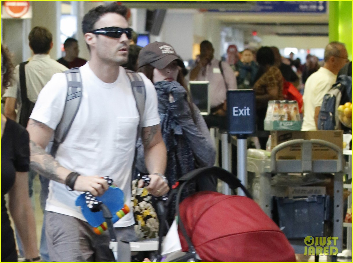 megan fox brian austin green noah family flight out of lax 03