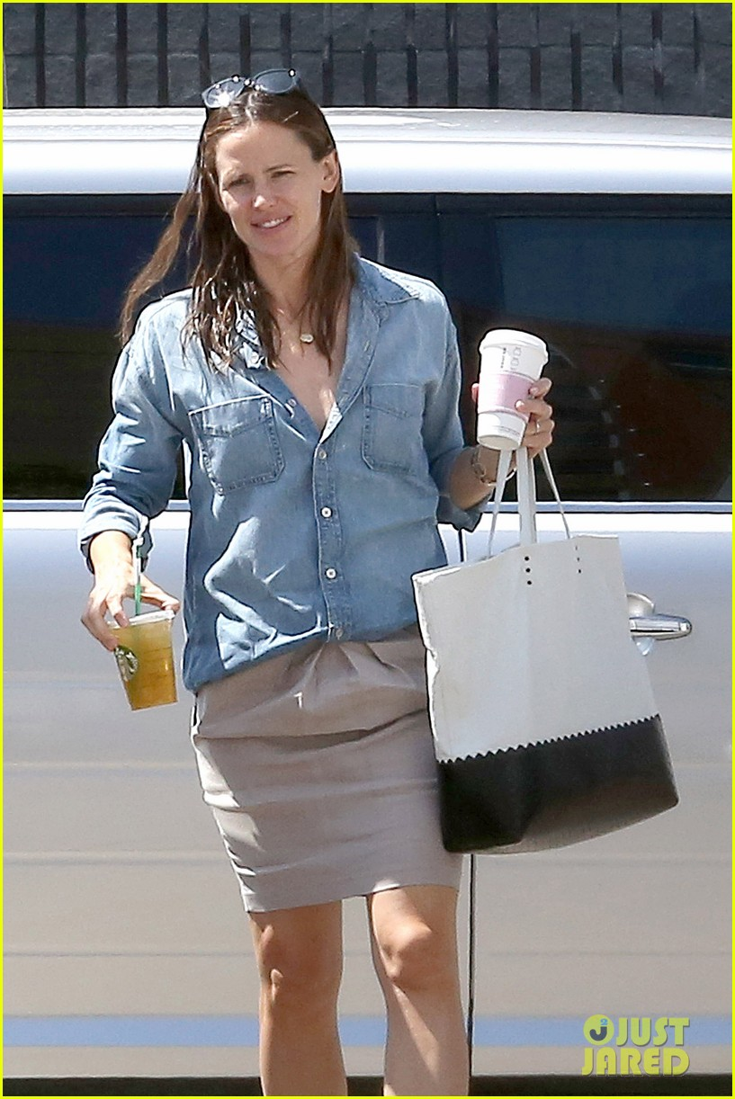 jennifer garner ben affleck matt damon start new production company 082920492
