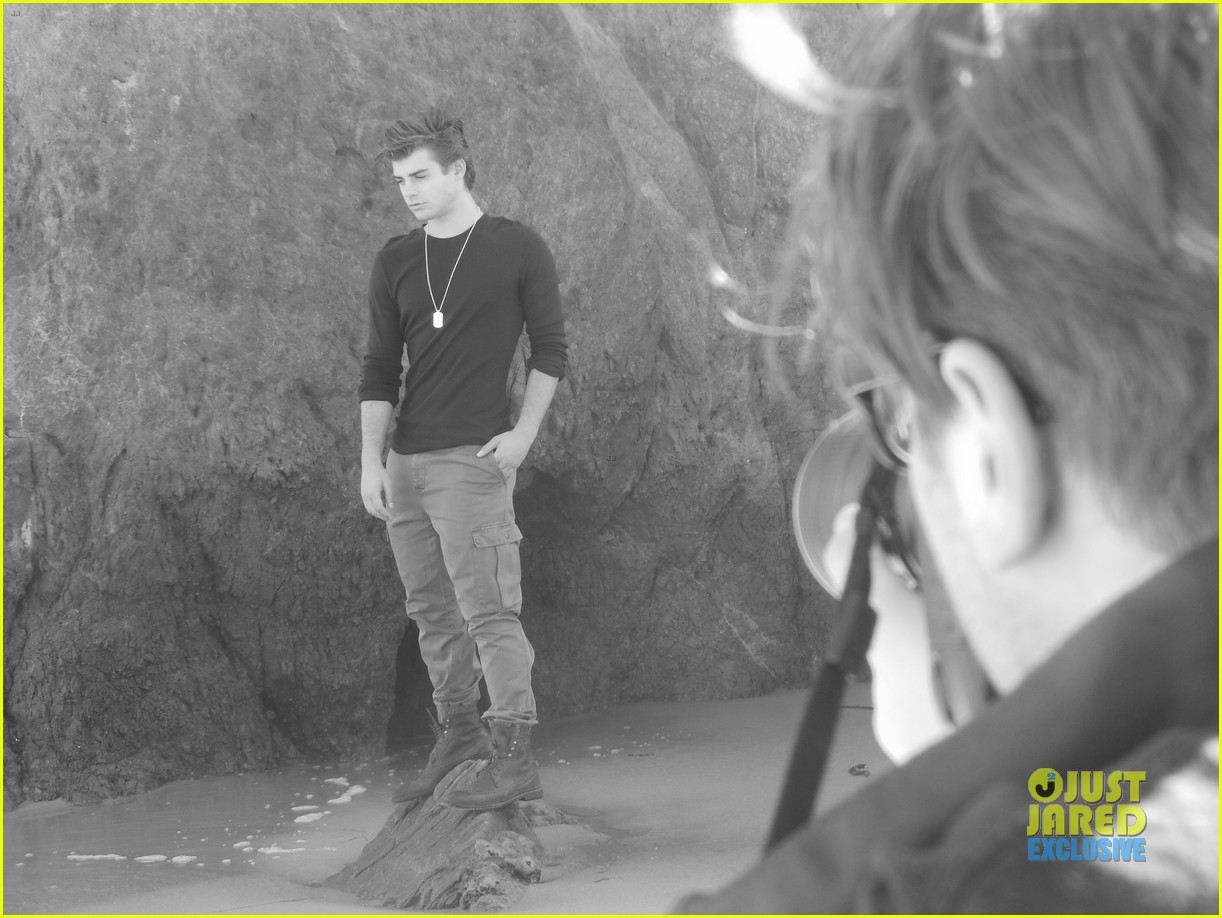 garrett clayton jj spotlight behind the scenes 04