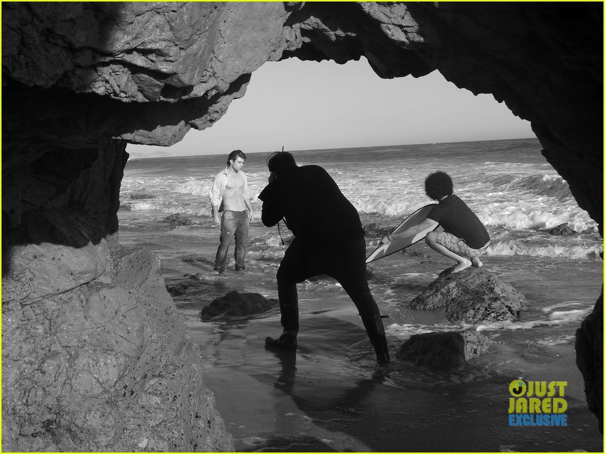 garrett clayton jj spotlight behind the scenes 102915201