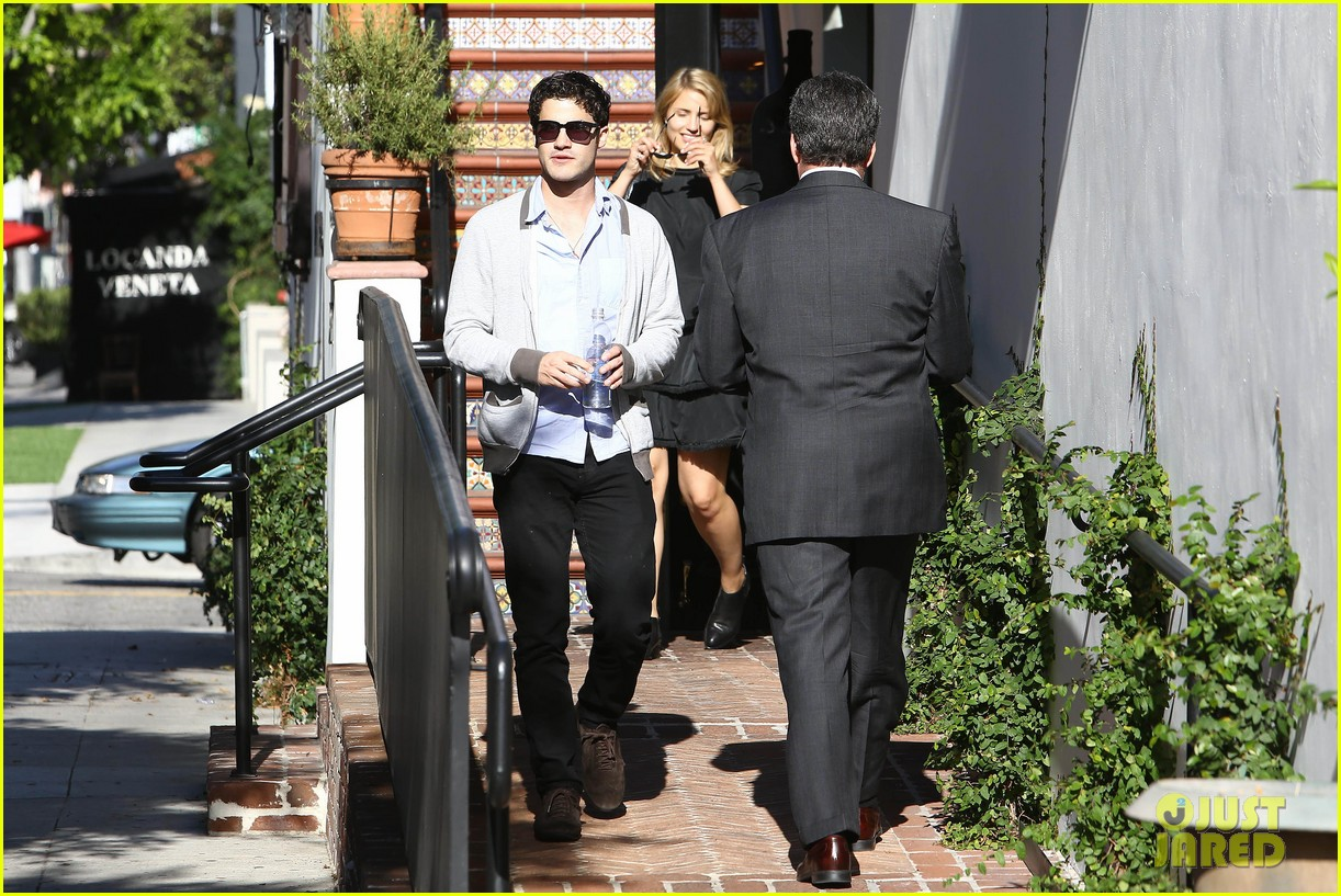 glee cast grabs lunch together after cory monteith memorial 25