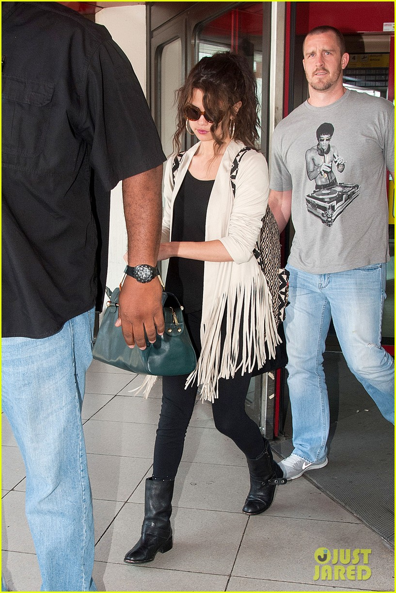 selena gomez catches flight to attend adidas neo launch 12
