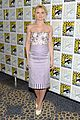 ginnifer goodwin jennifer morrison once upon  atime comic con panel 05