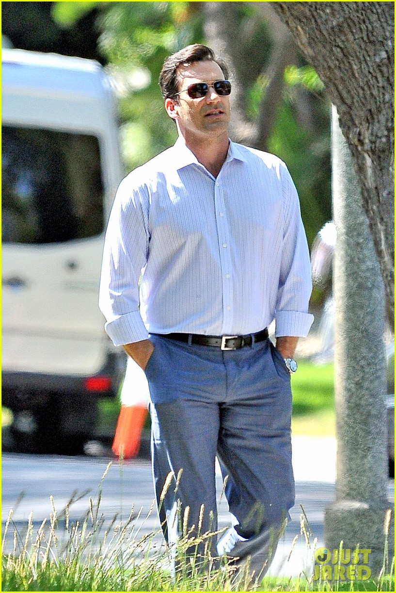 jon hamm sports million dollar look for million dollar arm 082918954