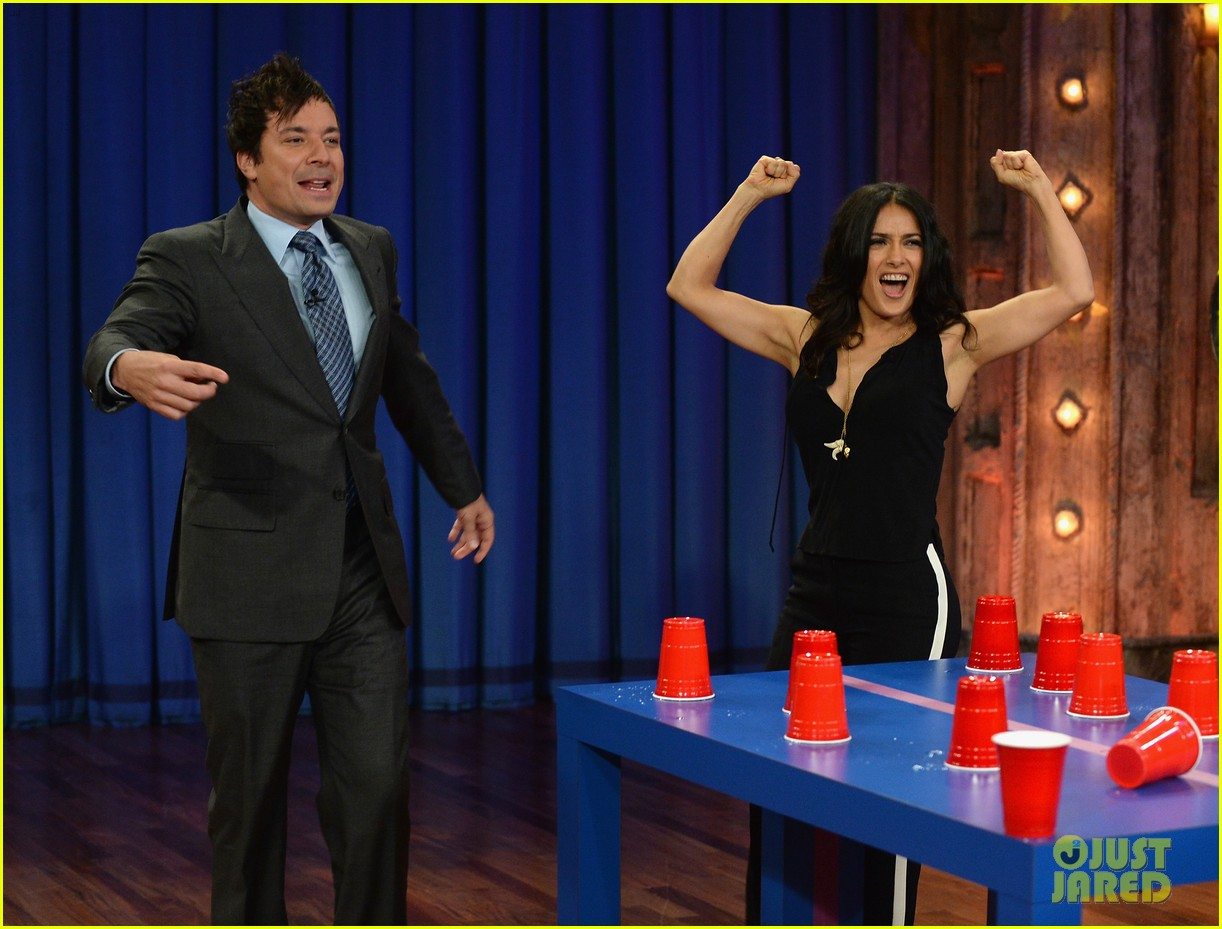 salma hayek plays beer pong on late night with jimmy fallon 032908216