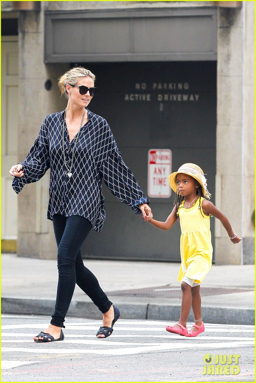 heidi klum martin kirsten spider man on broadway with the kids 342907388