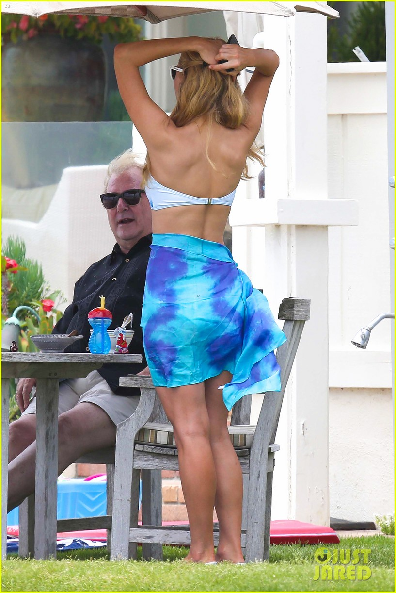 paris hilton malibu bikini babe after lunch with river viiperi 212905927