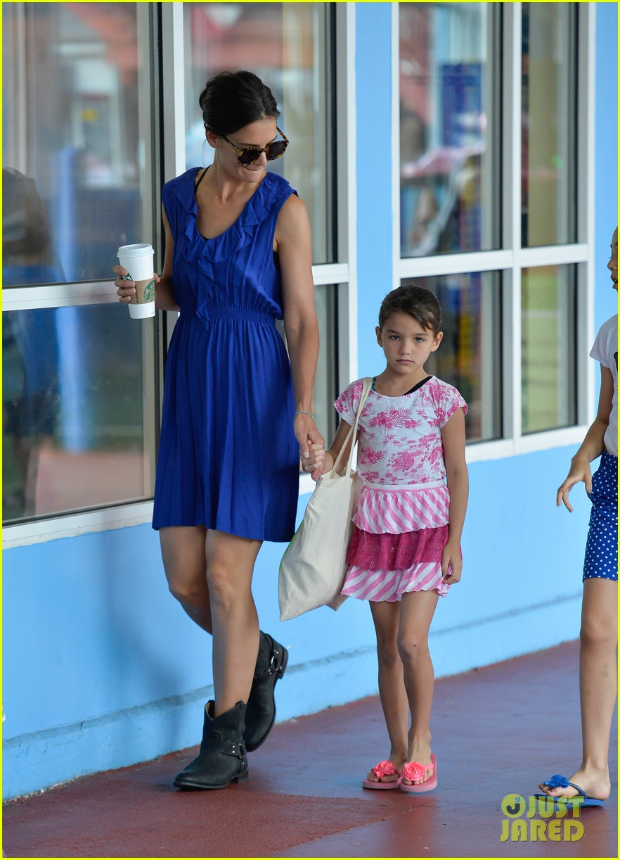 katie holmes suri good morning chelsea pier 052907875