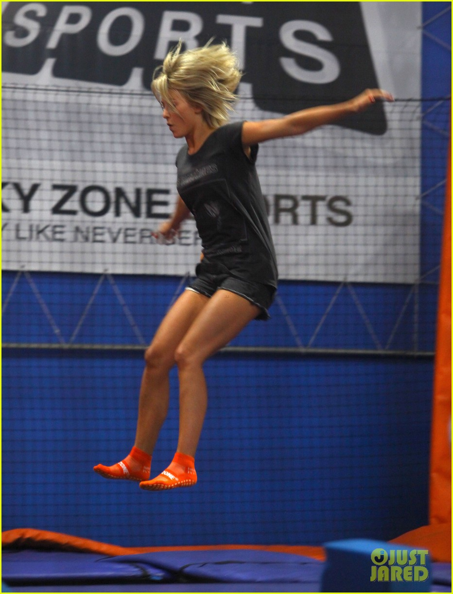 julianne hough tumbles in the air at trampoline park 10