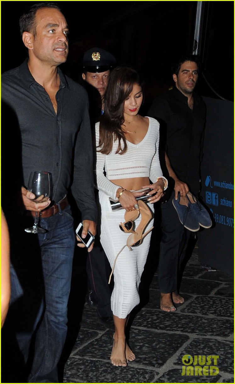 vanessa hudgens looks white hot for dinner in italy 13