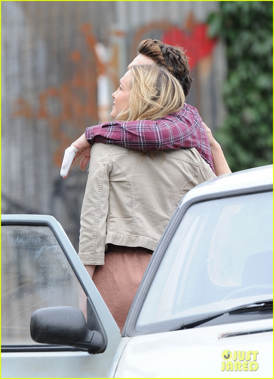kate hudson james franco kiss for good people 09