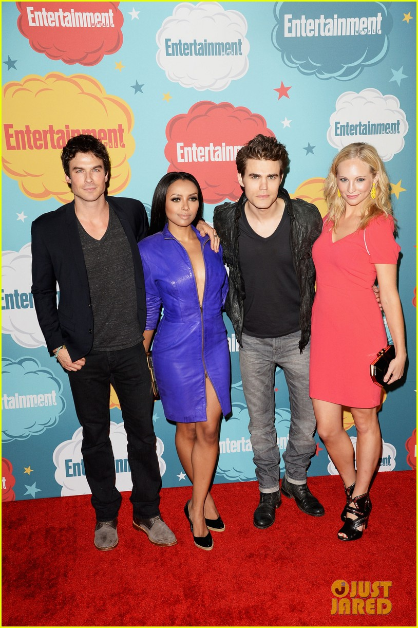 ian somerhalder daniel gillies vampire diaries originals at ew comic con party 11