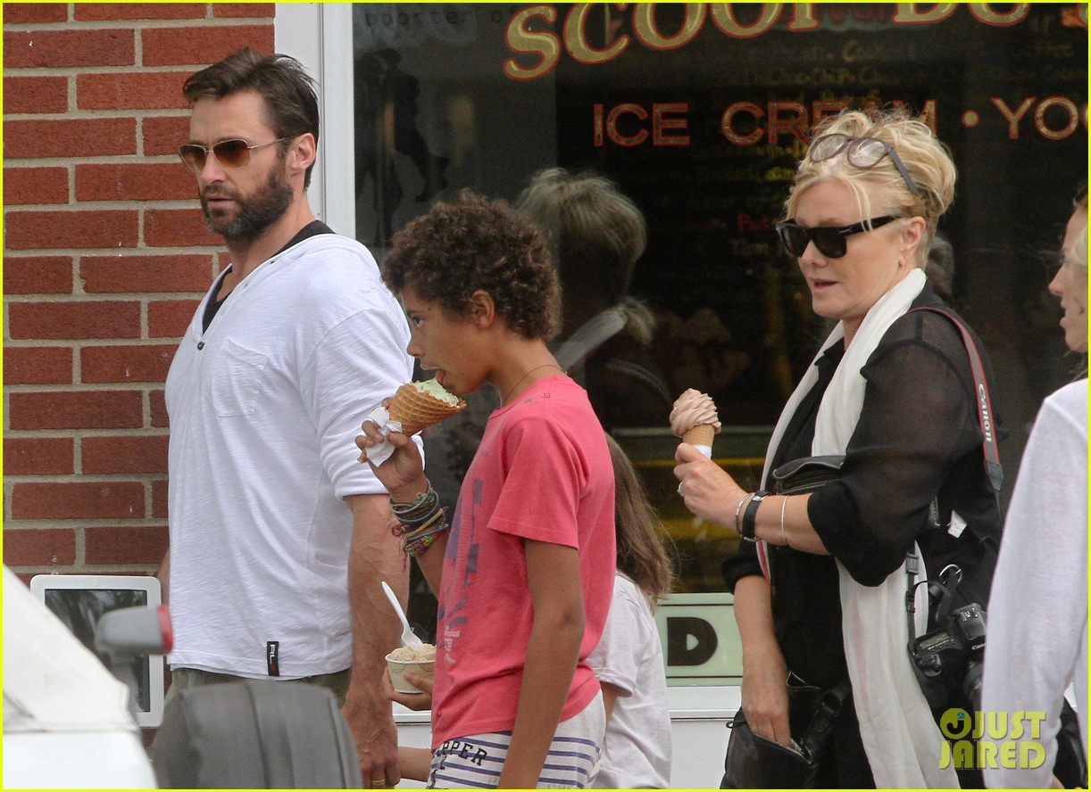 hugh jackman hangs with family wolverine hits theaters 02