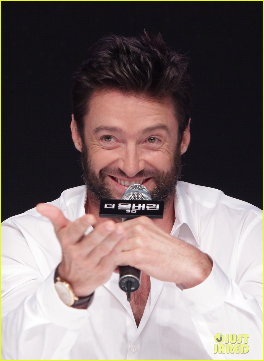hugh jackman wolverine press conference in seoul 04
