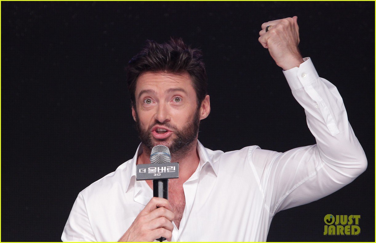 hugh jackman wolverine press conference in seoul 10