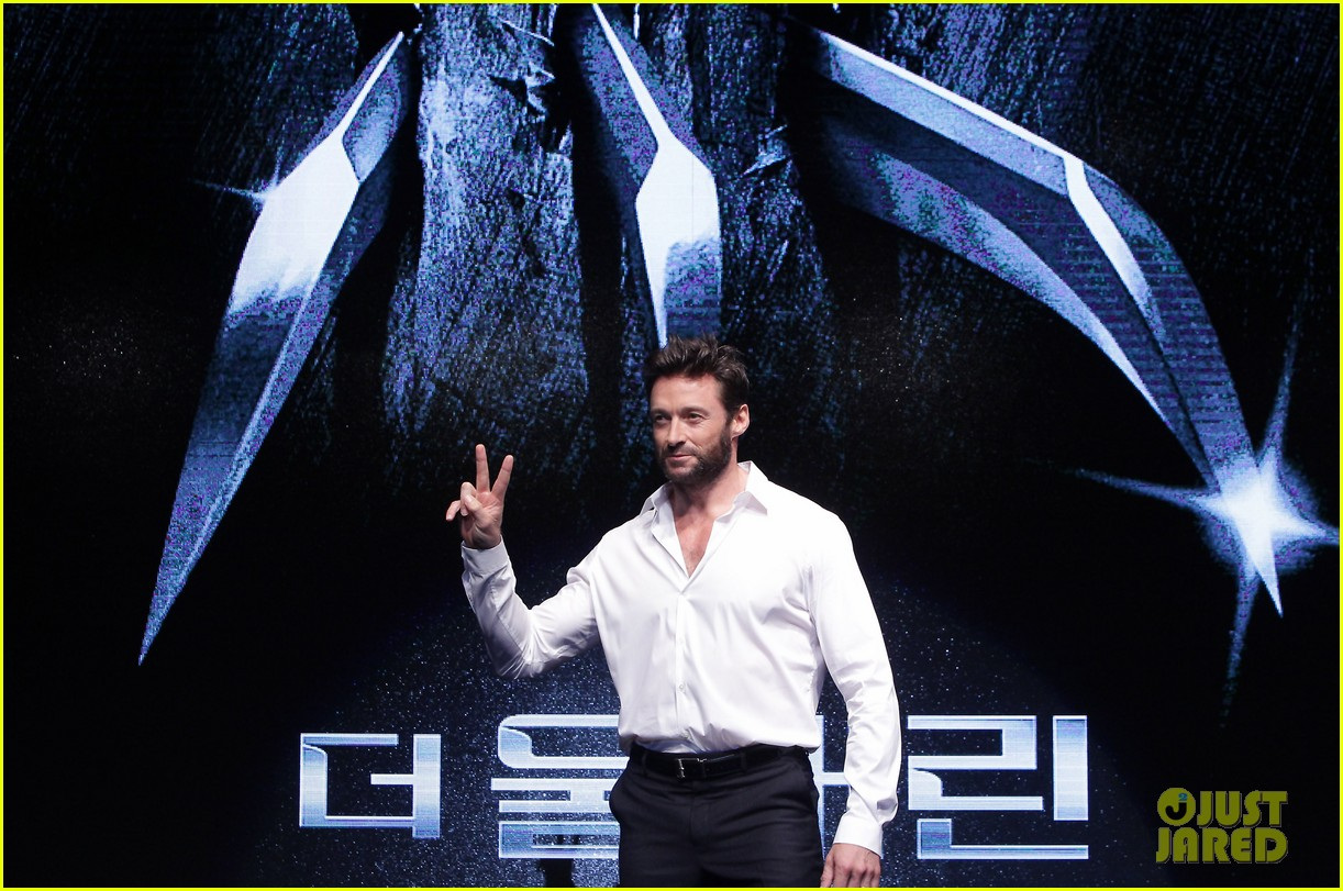 hugh jackman wolverine press conference in seoul 12