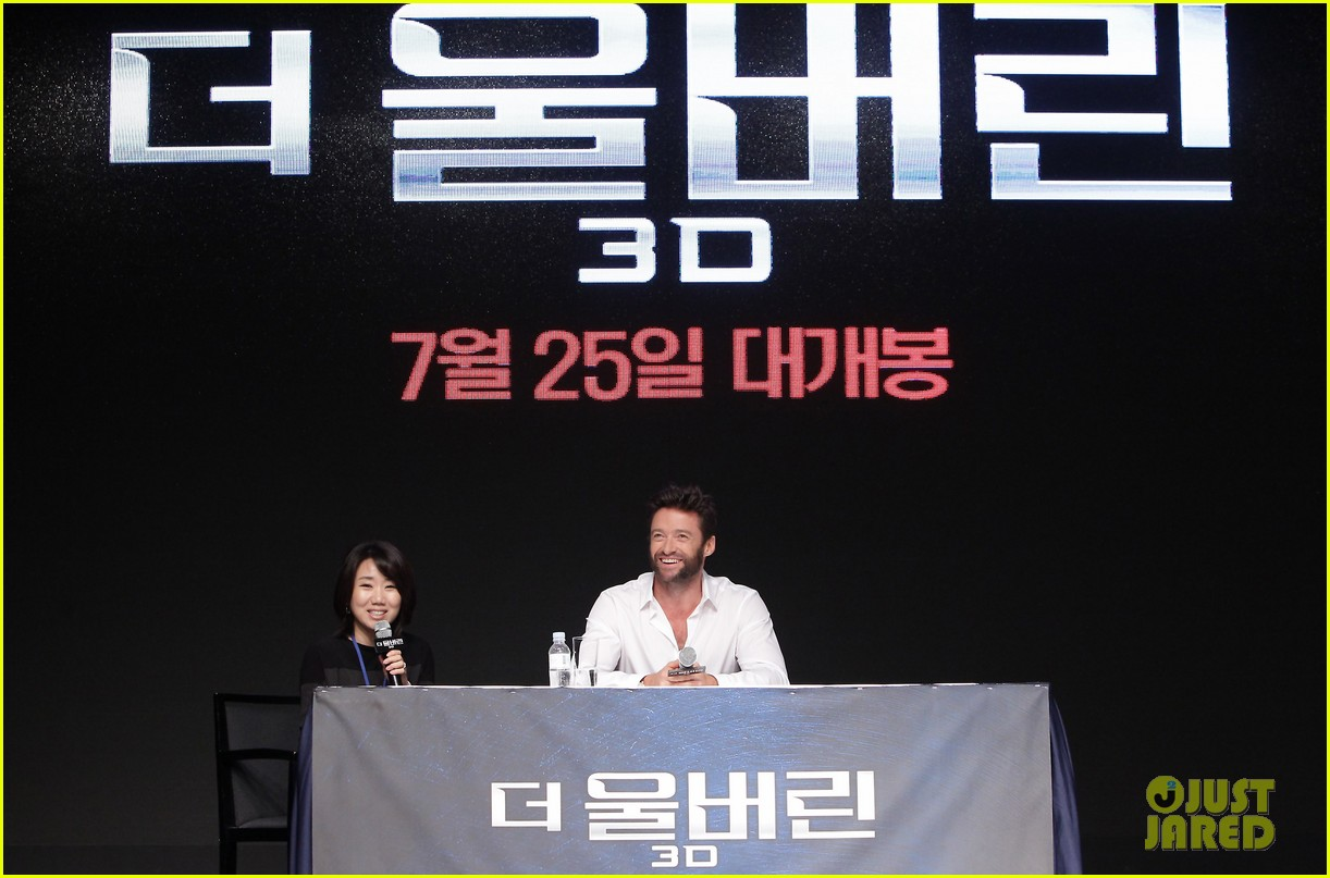 hugh jackman wolverine press conference in seoul 16