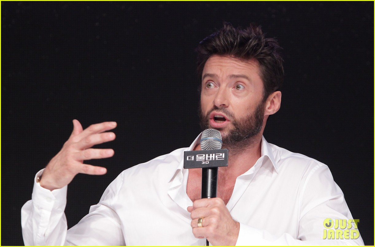 hugh jackman wolverine press conference in seoul 26