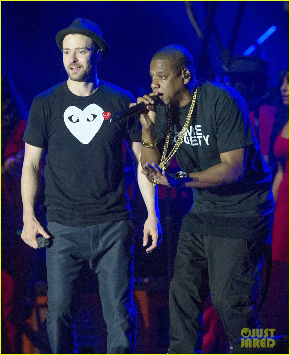 justin timberlake jay z perform at wireless festival 12