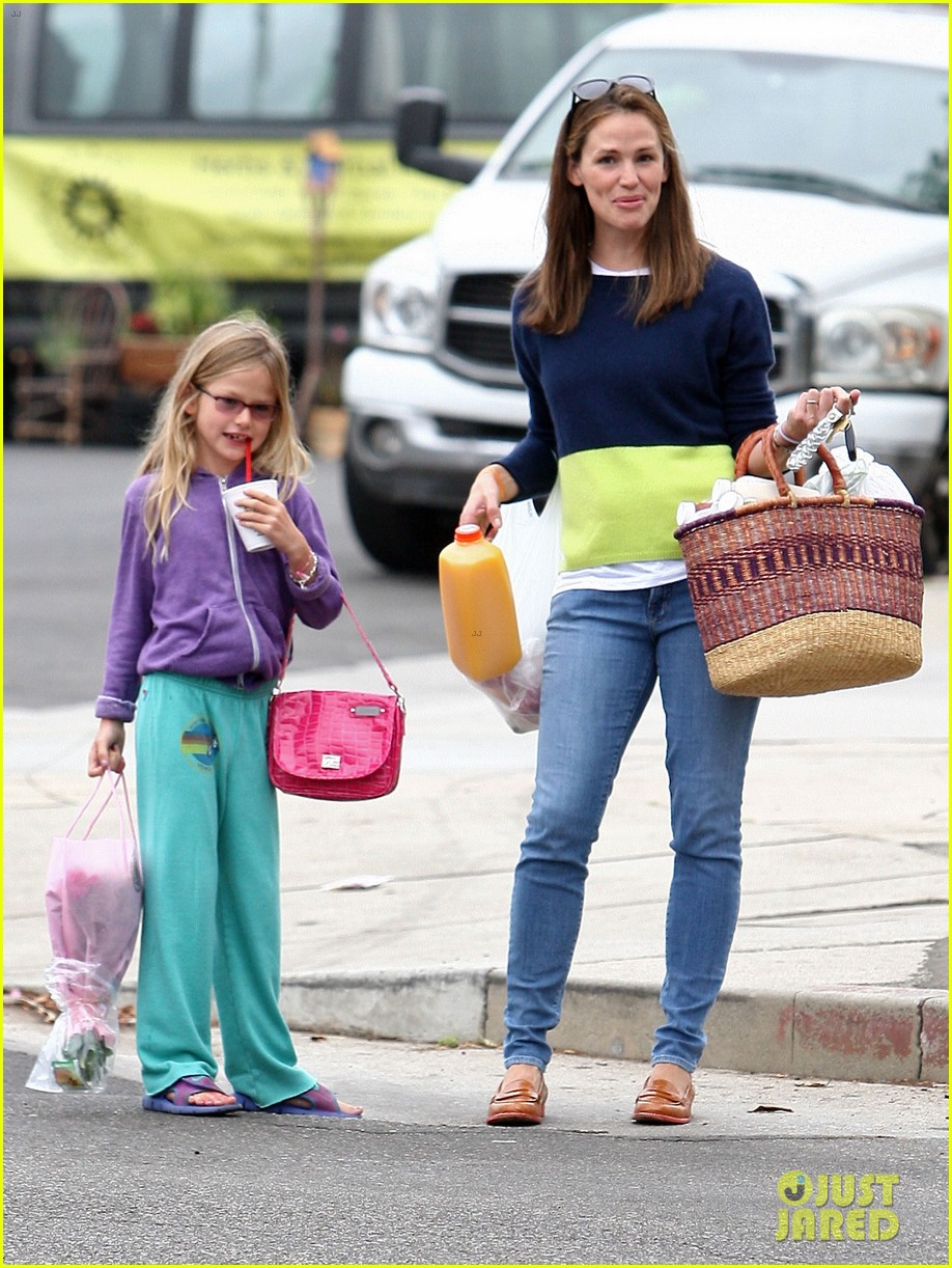 jennifer garner mother daughter morning with violet 112918753