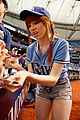 carly rae jepsen throws unsuccessful first pitch 01