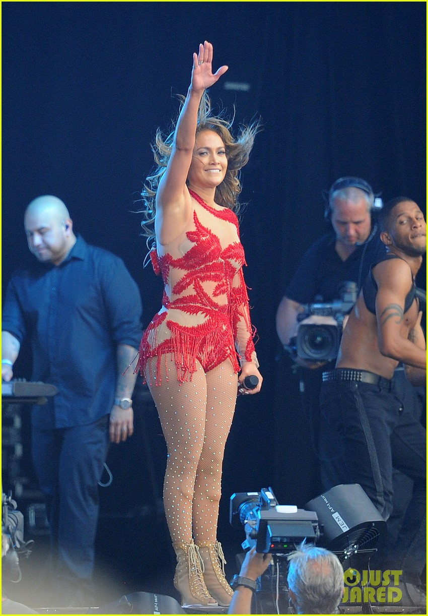 jennifer lopez british summer time hyde park 10
