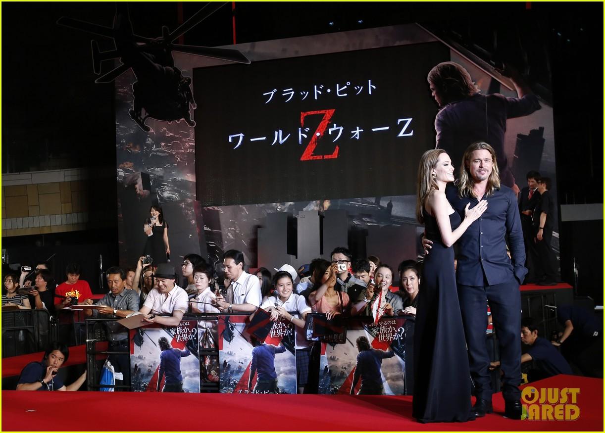 angelina jolie brad pitt world war z tokyo premiere 01
