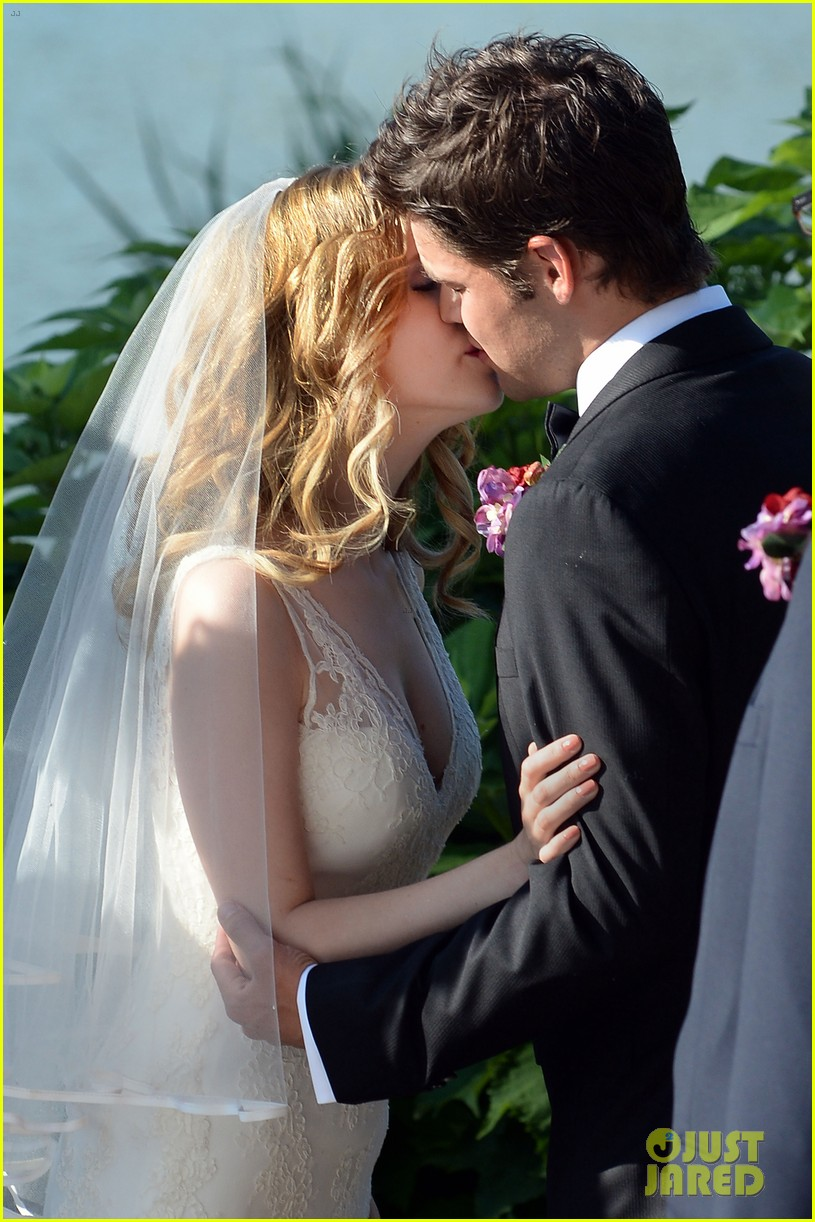 anna kendrick jeremy jordan last 5 years wedding scene 022905989