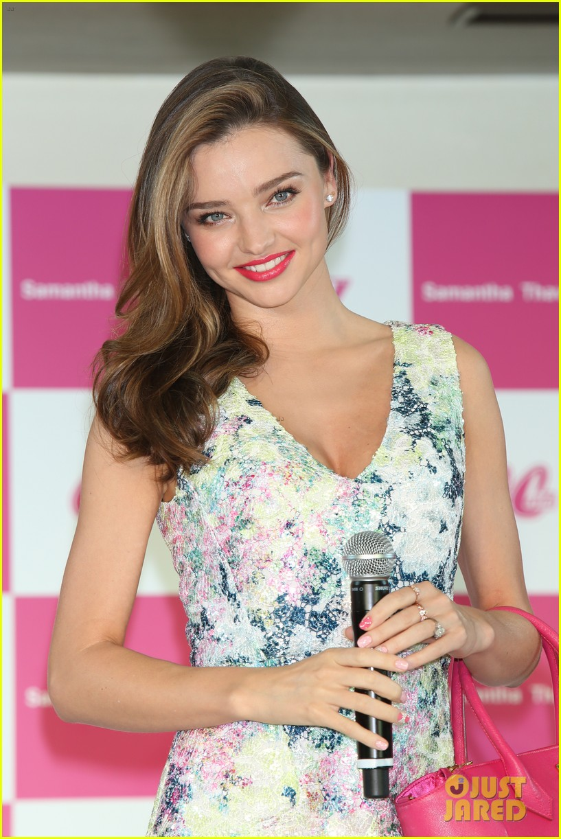 miranda kerr samantha thavasa ladies tournament 022912079