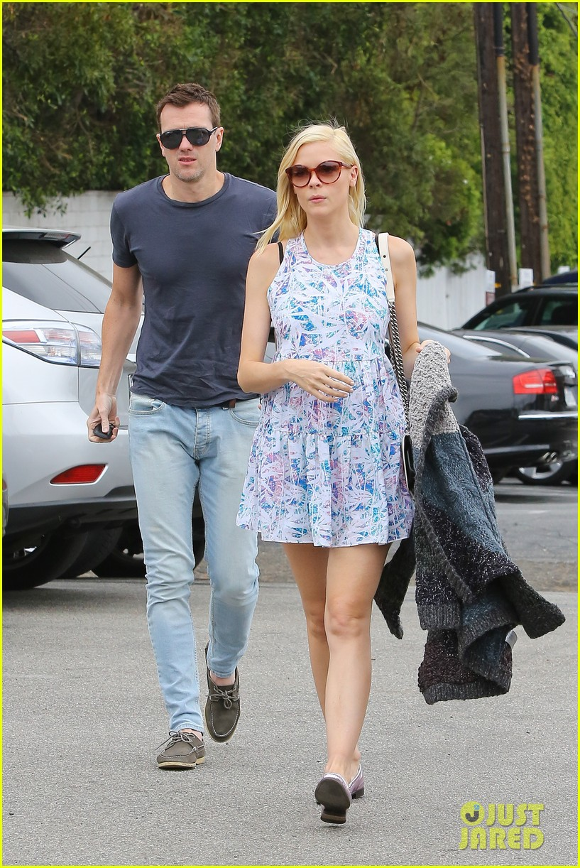 pregnant jaime king a voltre sante brunch with kyle newman 172914550