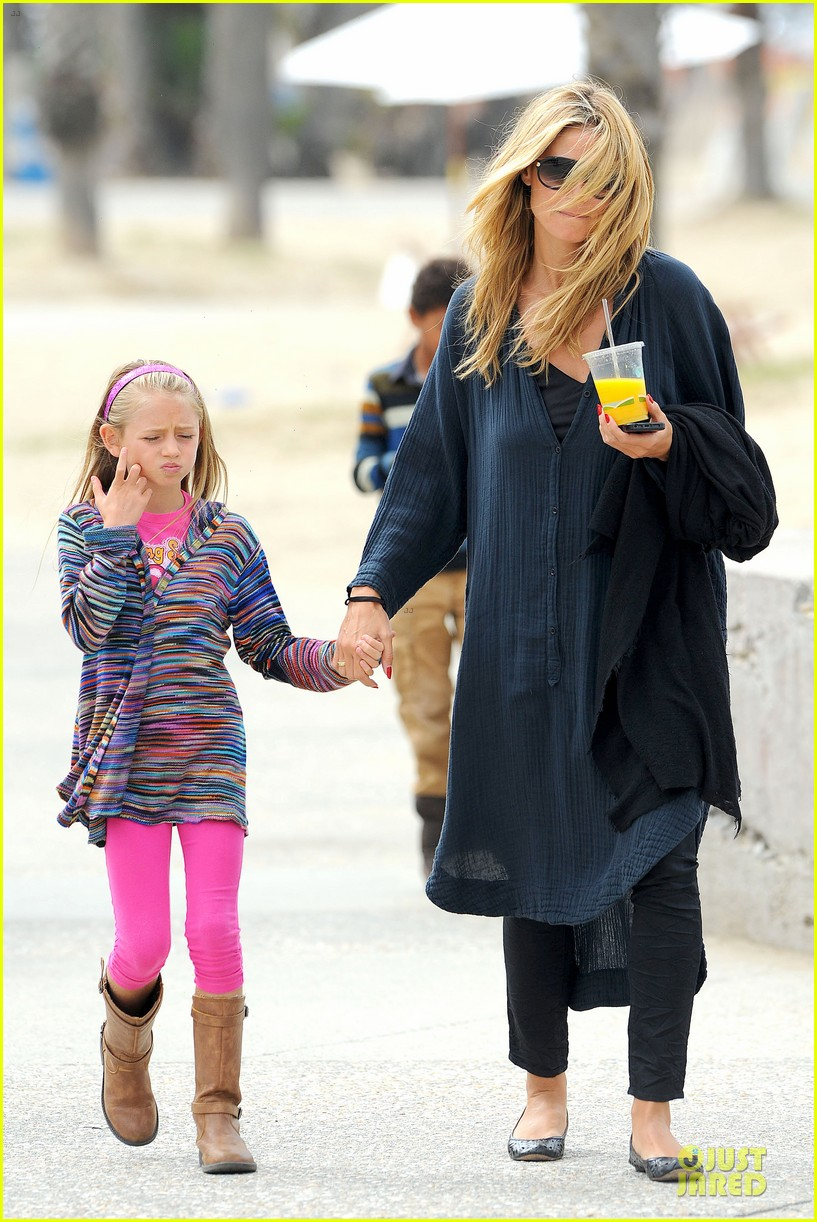 heidi klum martin kirsten venice beach bonding after nyc departure 09