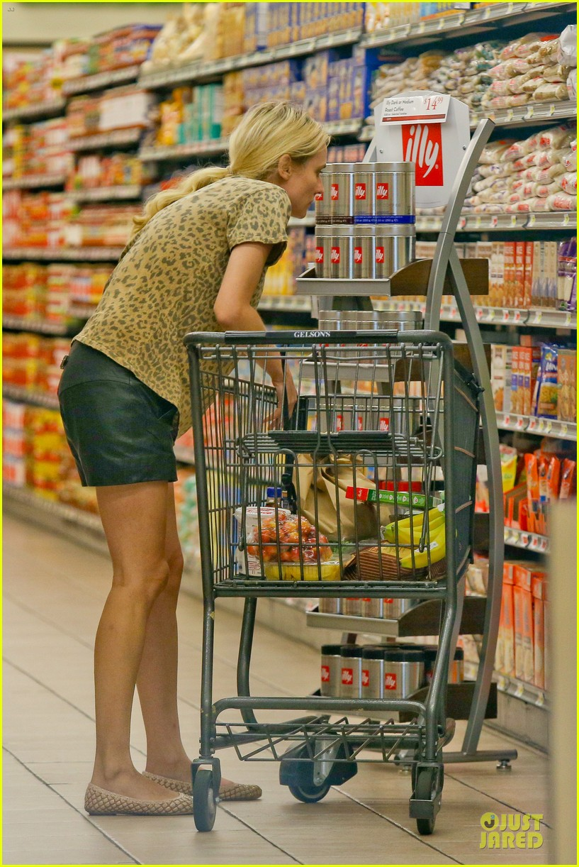 diane kruger joshua jackson white wine fruit shoppers 082914169