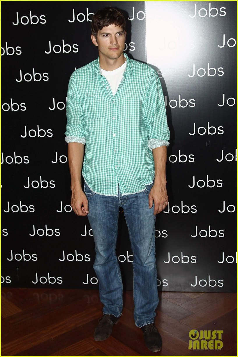 ashton kutcher jobs paris premiere 05