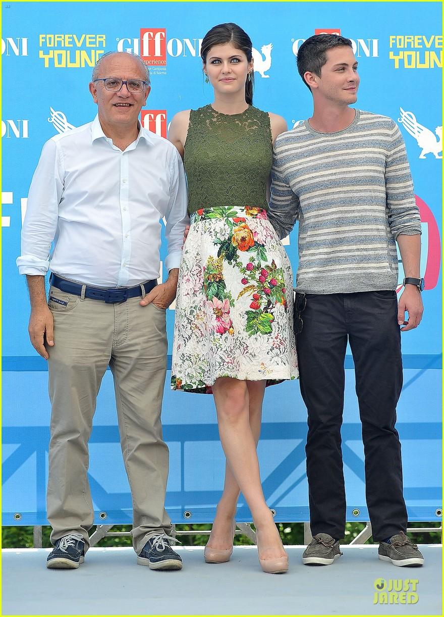 logan lerman alexandra daddario giffoni film festival attendees 03