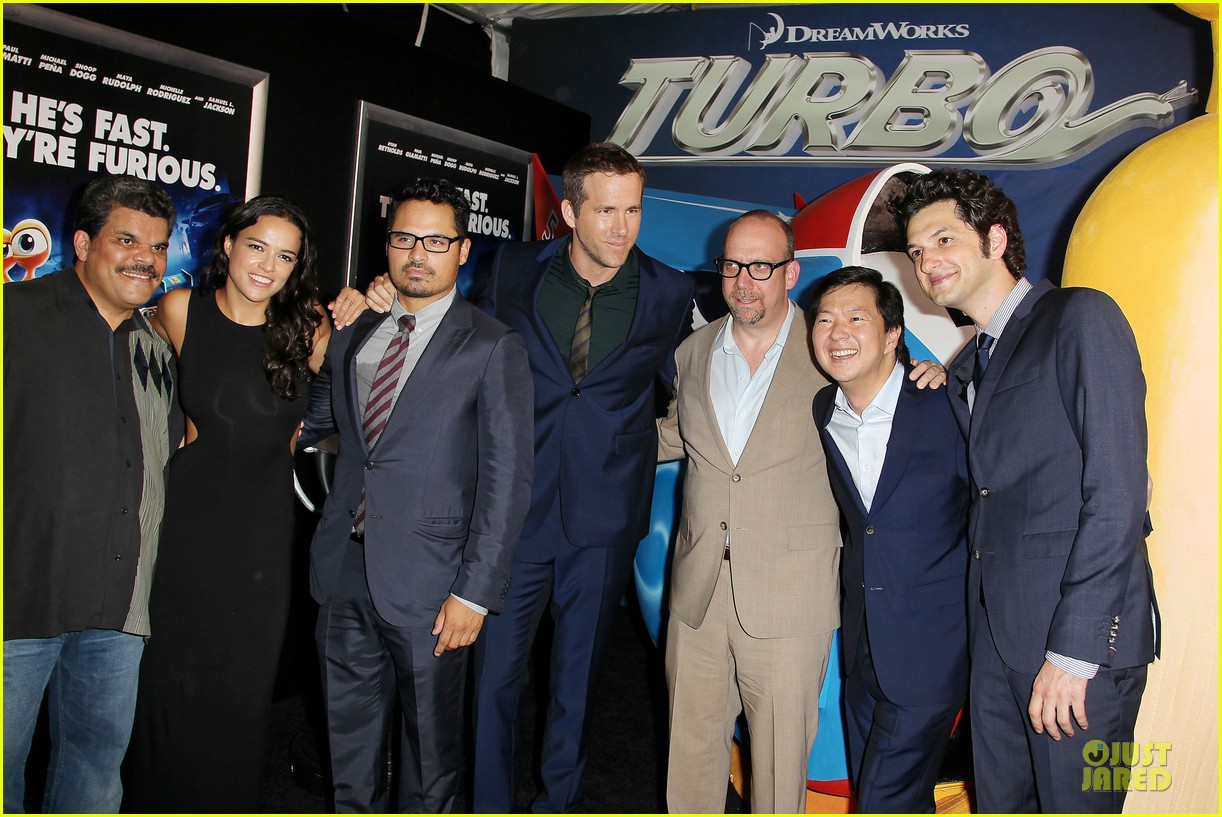 blake lively ryan reynolds turbo nyc premiere 15